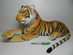 Tygr hnědý plyš ležící 60cm