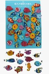 Dřevěný magnet barevný moře 4-6cm, 12dr (96)