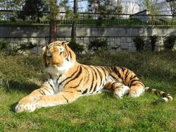Tygr hnědý OBR plyš ležící 220cm