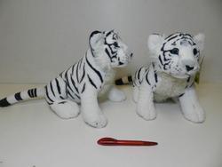 Tygr bílý sedící, plyš 28cm (52ks/karton)