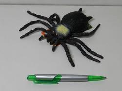 Tarantule strečová 15cm(24)